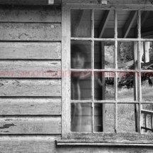 Ghost in the shed 1 Port drama mono