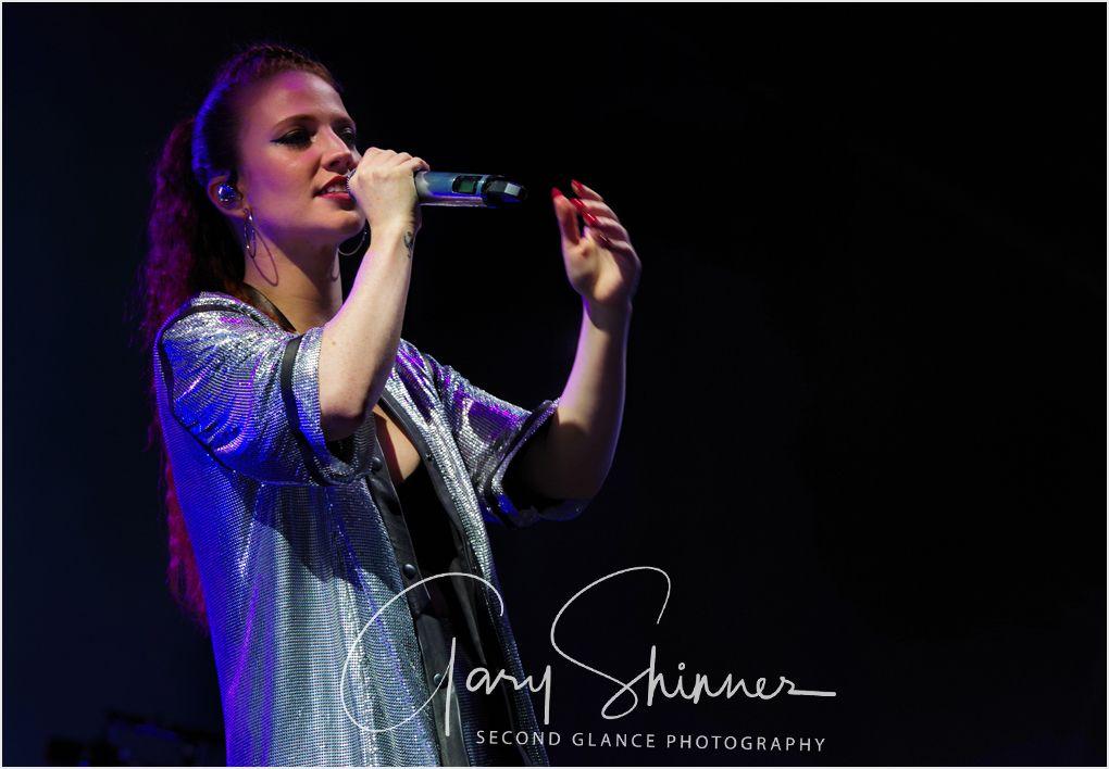 Jess Glynne 27