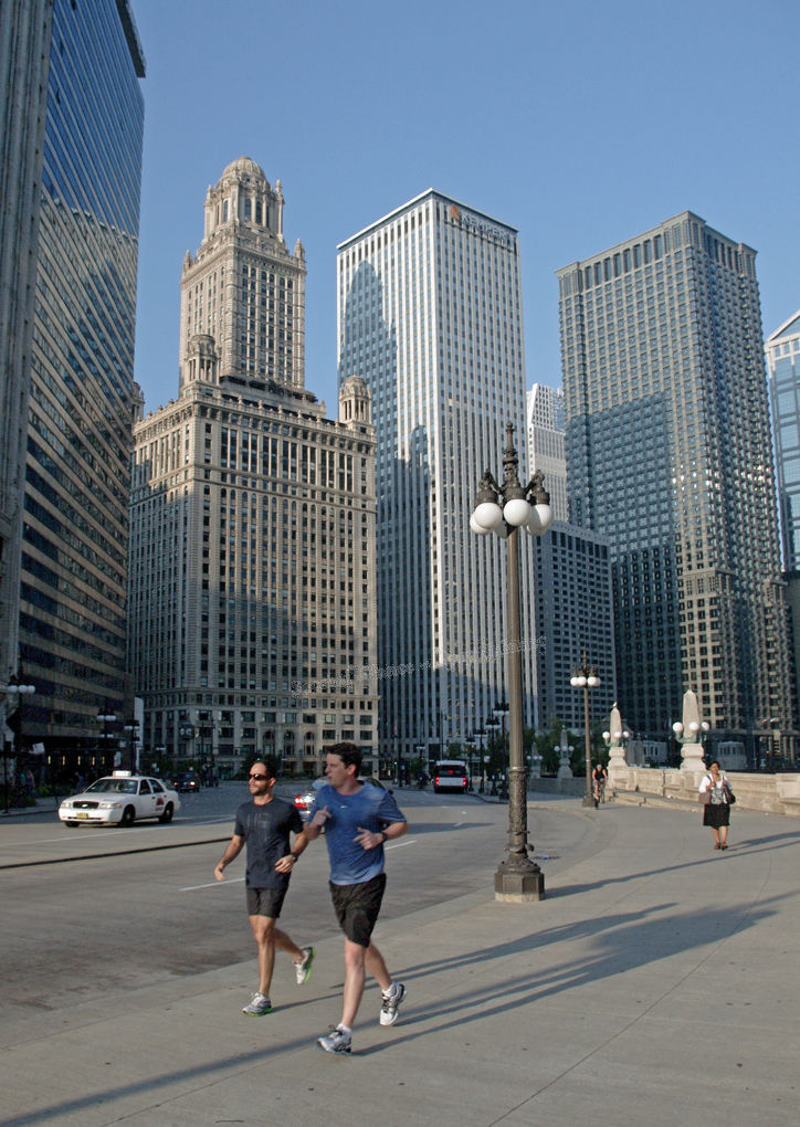 Wacker Dr. Morning Joggers - Chicago