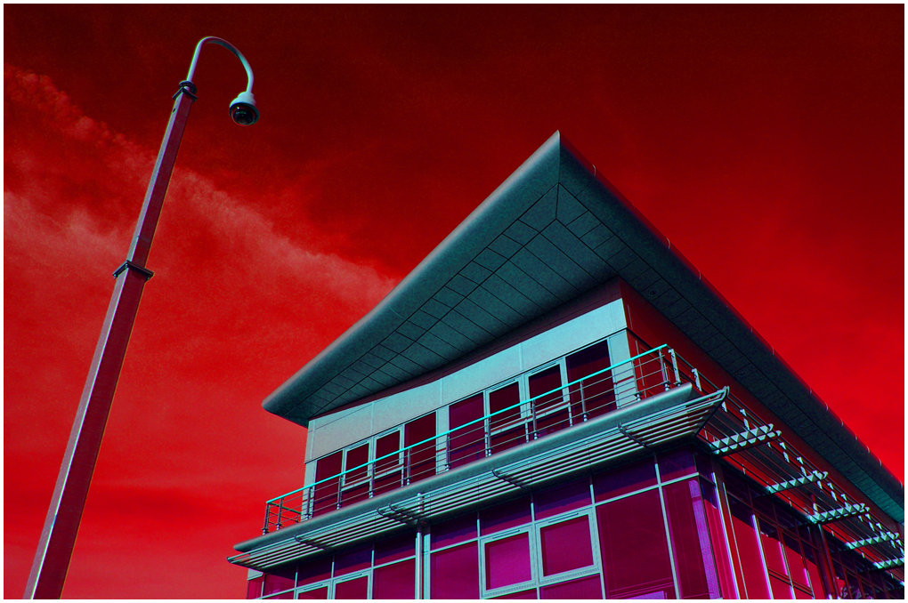 No.16  Infra Red - big brovaz watchin