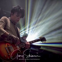 Numan and his Les Paul