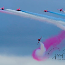 Red Arrows & Twist Turn
