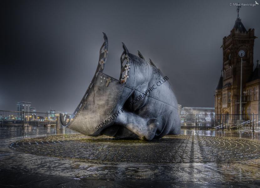 Wet Sunday Evening in Cardiff
