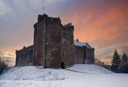 SUNSET, DOUNE CASTLE