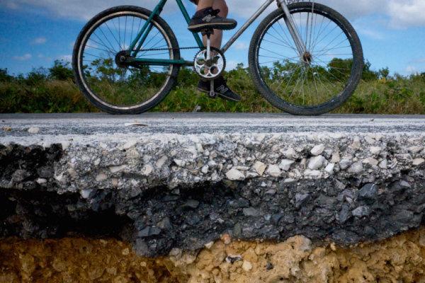 cycle on tarmac