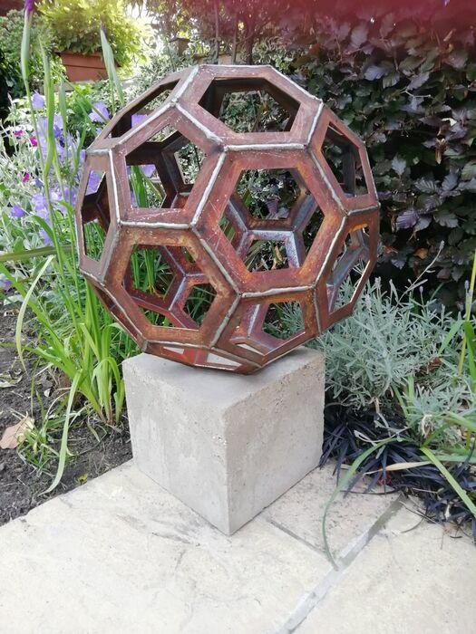 Sphere medium