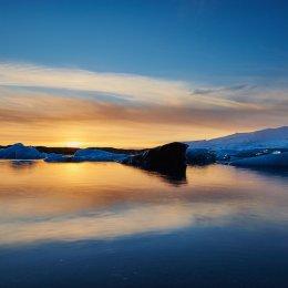 Sunset at Jokulsarlon Lagoon