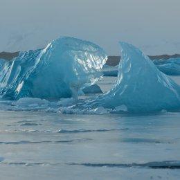 Ice in jokulsarlon Lagoon