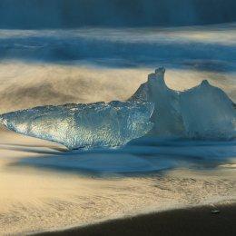 Ice on Jokulsarlon Beach