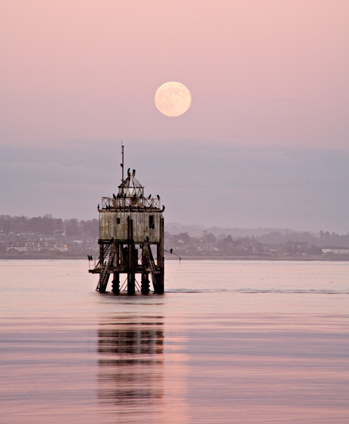 Moonrise, Tayport