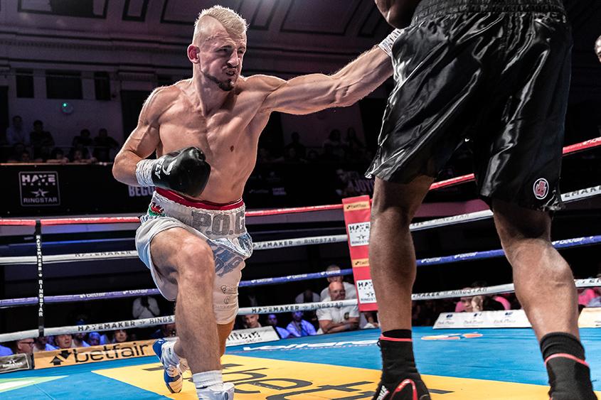 Kody Davies vs Eric Mokonzo 4x3 Super Middleweight contest
