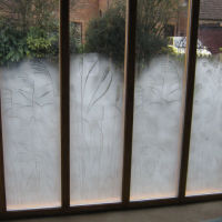 Sandblasted privacy screen