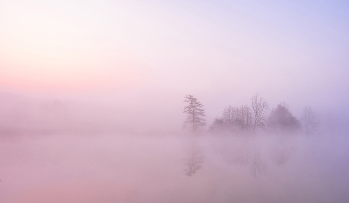 MIsty Lake at Deene Park