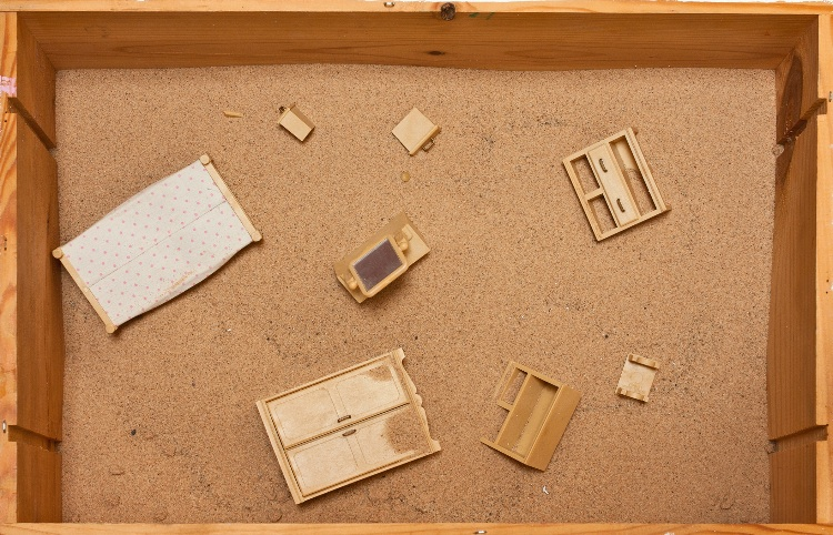 La Casa del Exilio, sand box and toy furniture, 2014