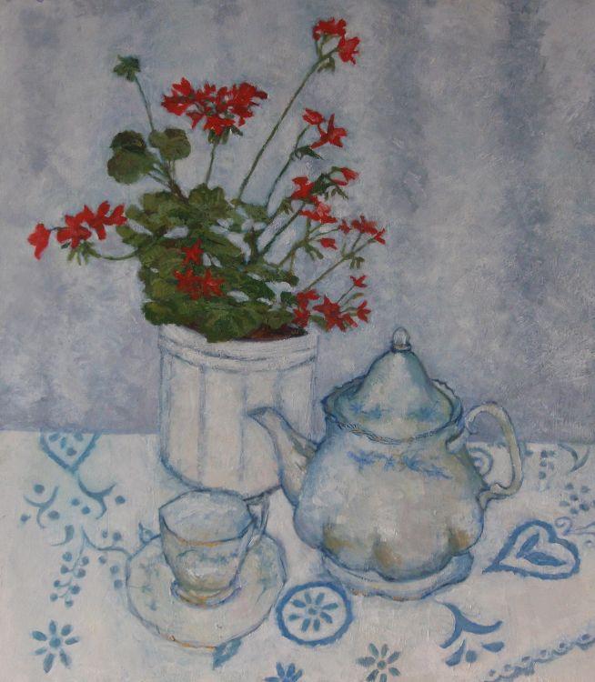 Geranium and teapot