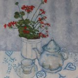 Geranium and teapot