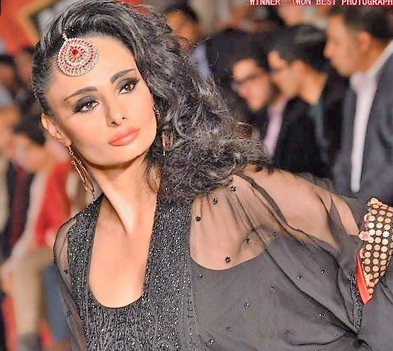 Pakistan Fashion Week - Sonya Battla