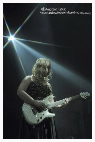 """""""LADY PLAYS THE BLUES"""""""