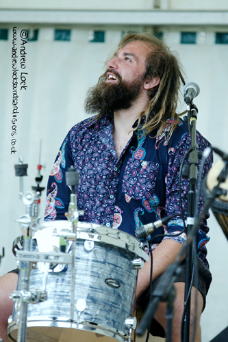 CLUTCHING AT STRAWS - LEAMINGTON PEACE FESTIVAL 2015