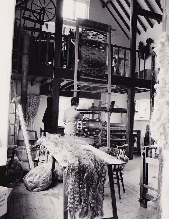 Fay Hankins weaving at Gospels