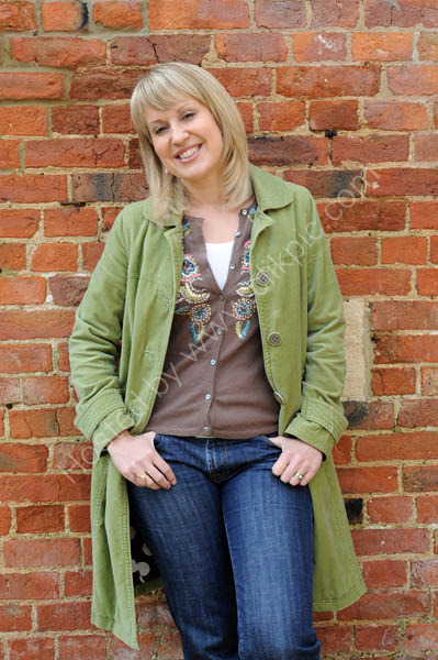 Escape To The Country - Nicki Chapman