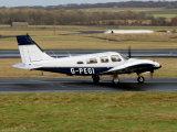 Piper PA-34-200T   G-PEGI