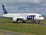 LOT Polish Airlines  Boeing 787-8 Dreamliner   SP-LRF