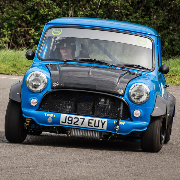 blue classic mini cooper rounding curborough sprint track fradley hairpin corner