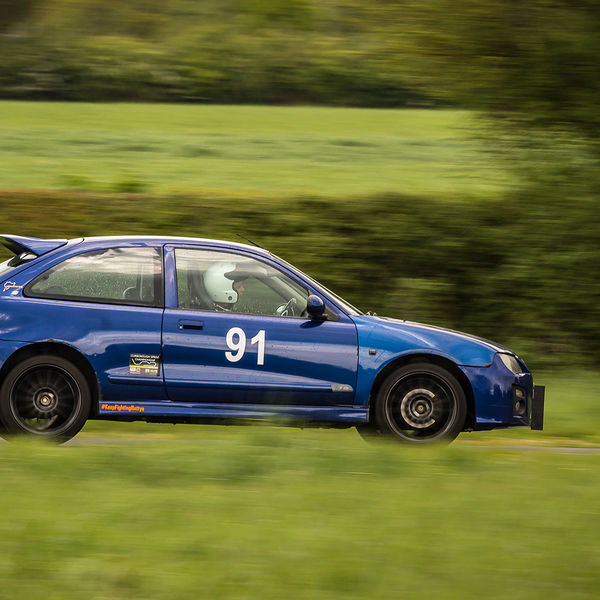 blue rover 25 approaching curborough hairpin at speed