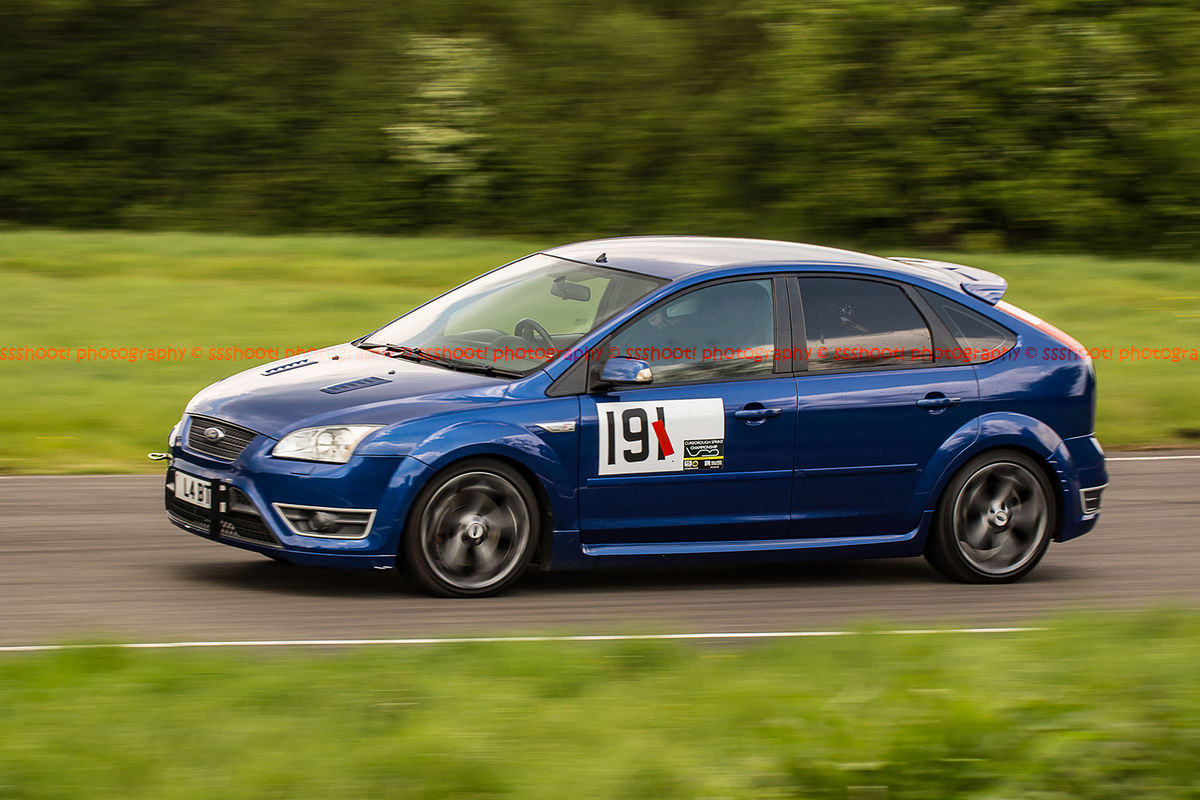 blue ford focus st at curborough sprint track