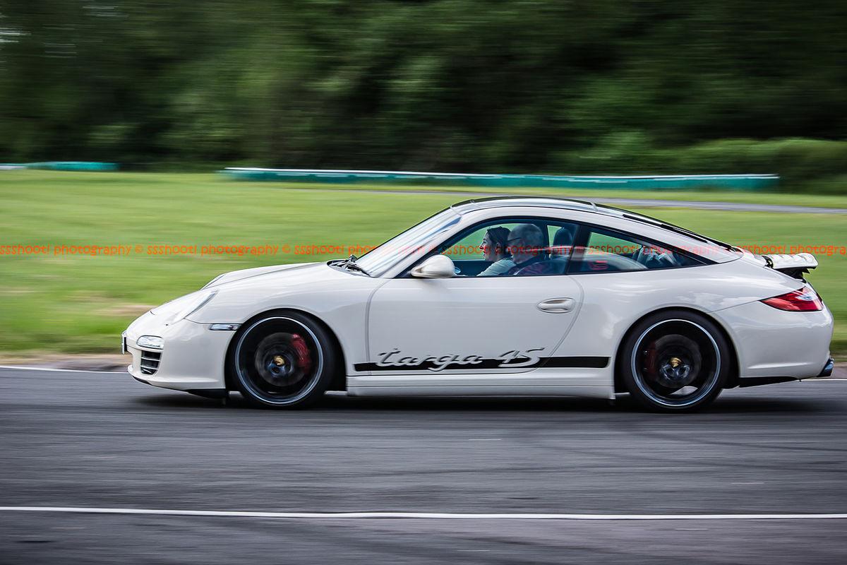 white porsche 911 targa 4s at speed on curborough sprint track