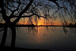 Sunset Strathclyde Park