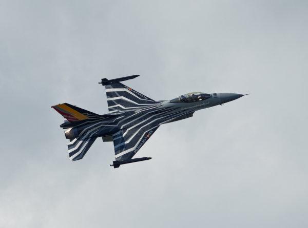 F-16 below