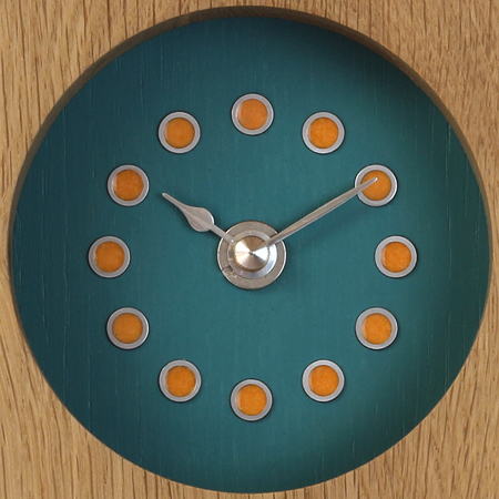 Ref. B/O - blue face, orange dots