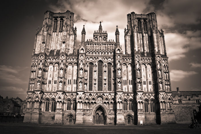 Wells Cathedral frontage, monochrome, landscape format
