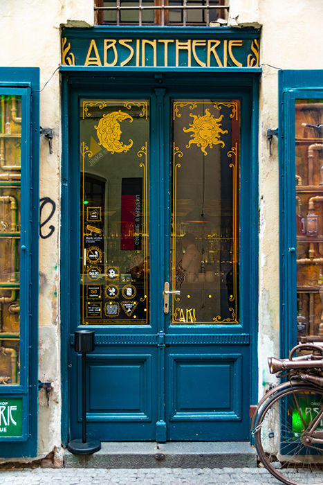 Absintherie - shop front