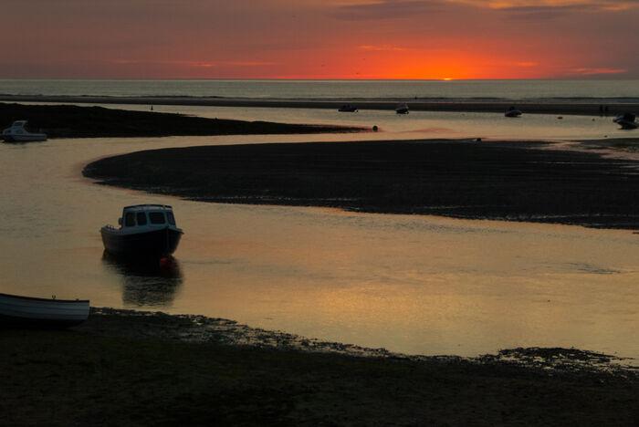 WALES, Sunset, Parrog, Pembrokeshire