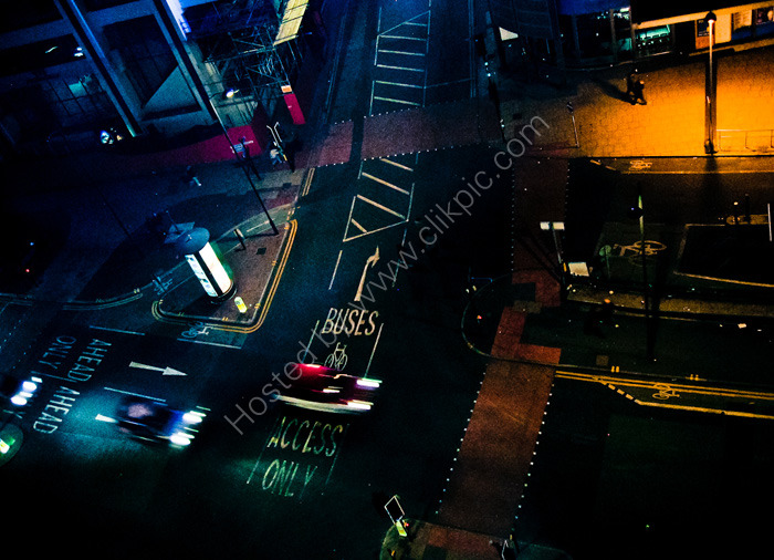 MANCHESTER: night photography: Picadilly in the city centre