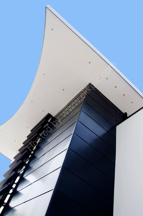 SANDBANKS, DORSET: Luxury home - rear detail