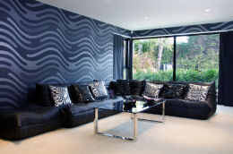 SANDBANKS, DORSET: Luxury home - TV room