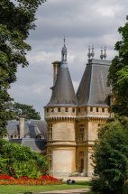 Aspects Of Waddesdon I