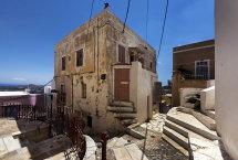 A Street in Ano Syros (b)