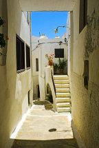 A Street in Naxos Town. (b)