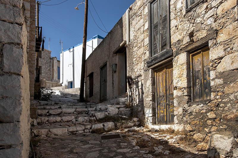 A derelilct house in Emborio.