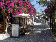 A street in Anti-Paros (a).