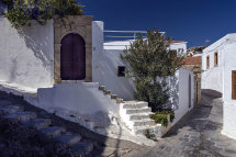 A street in Lindos.