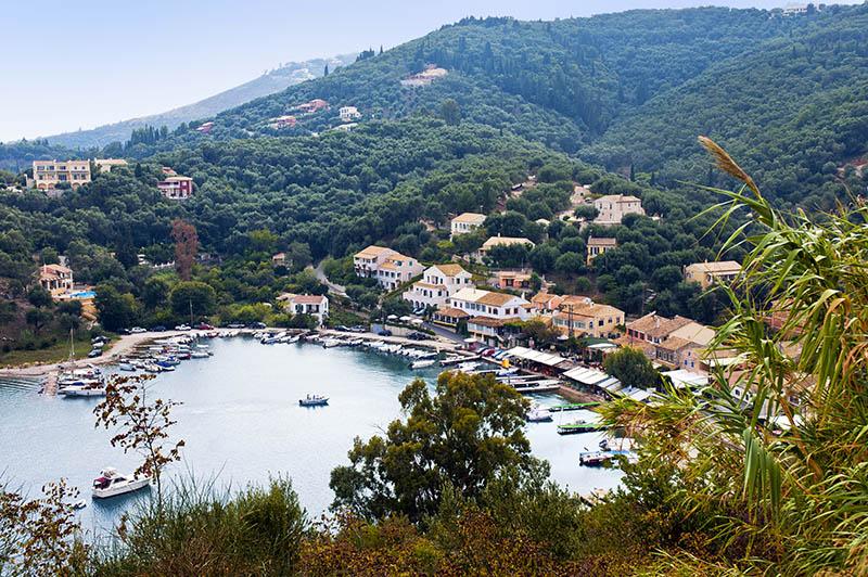 Agios Stefanos. (b)