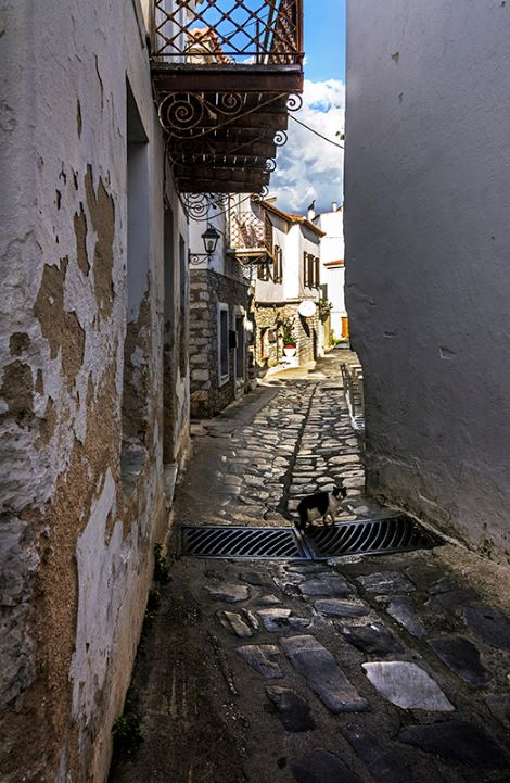 Back Street in Skiathos Town (b)