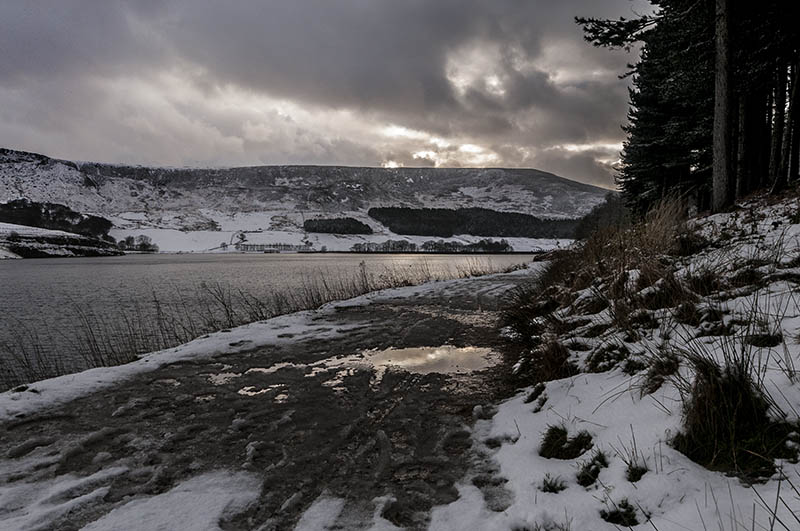Dovestone, winter