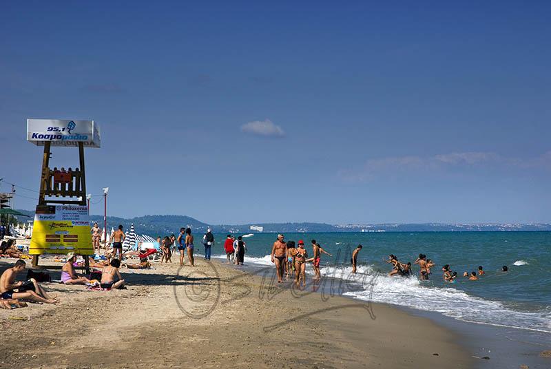 Hanioti Beach. (a).